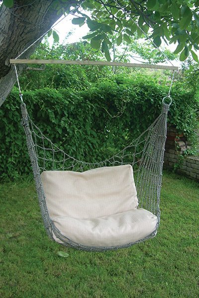 visece-pletene-fotelje-foteljice